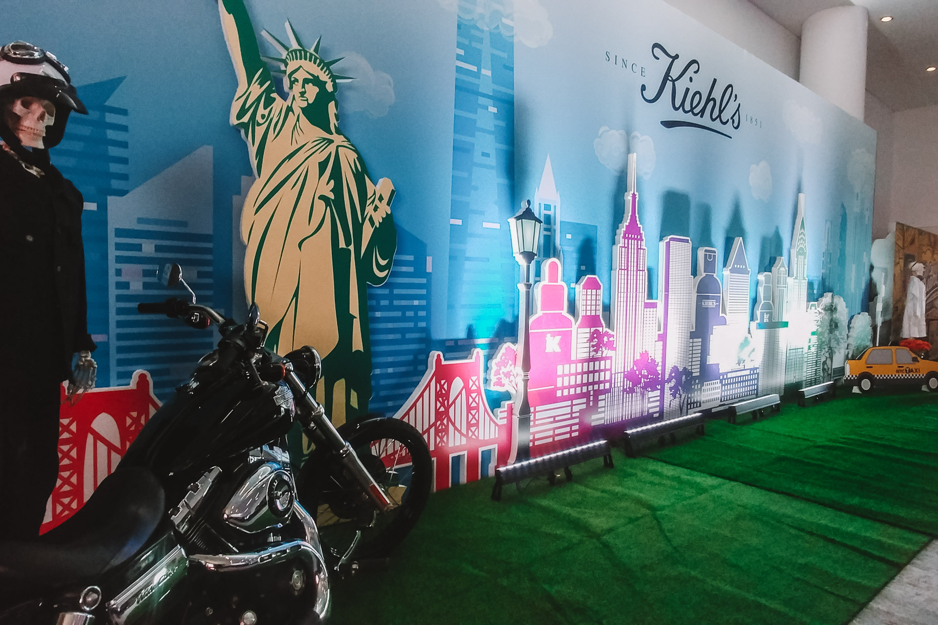Loreal Kiehls set design photo wall brand presence