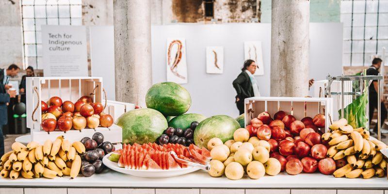 Food station design for 600 people service