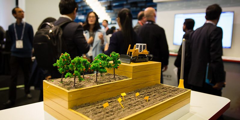 3D models for exhibition display and augmented reality setting